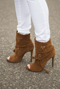 TUCINO BROWN BOOTIES