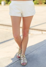 DIVINA WHITE LEATHER SHORTS